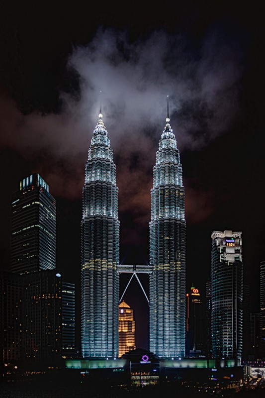 Petronas Two Towers at night