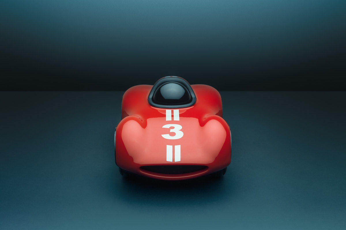 Toy car photographer